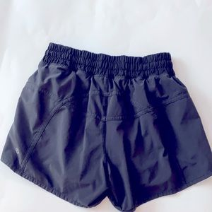 Lululemon Black Fully Lined Running Short